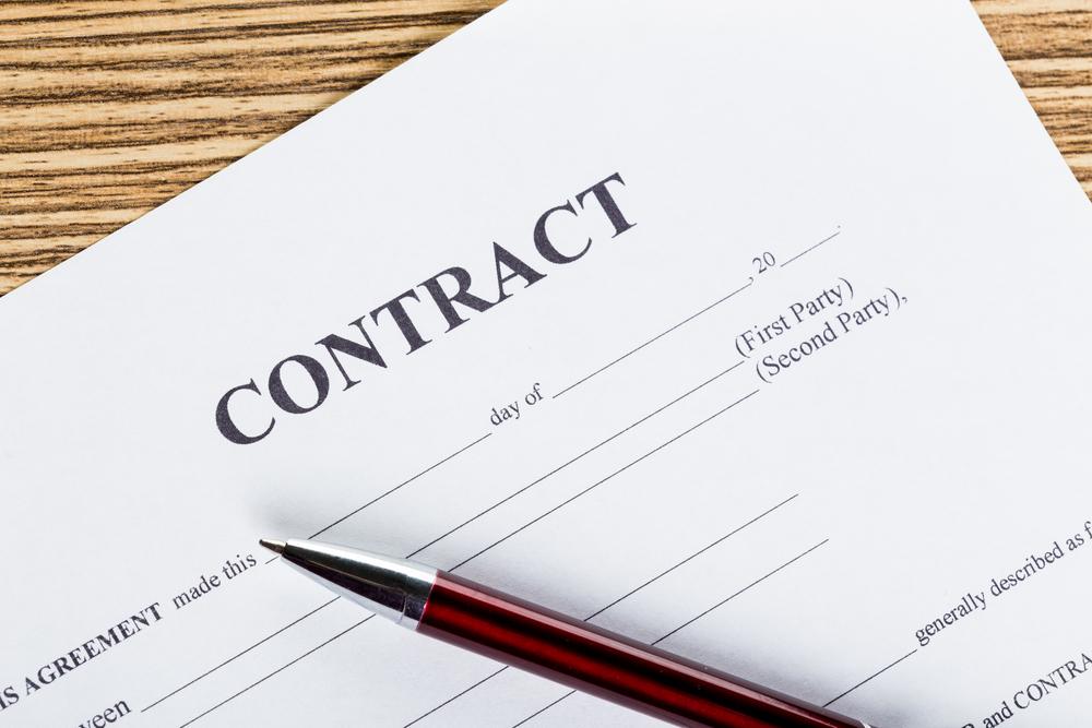 Contratos, suas dificuldades e a Advogada que nos salva
